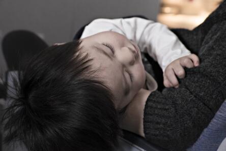 宝妈在家带孩子怎么挣钱?适合宝妈做的工作,又能带娃,又赚钱  第1张